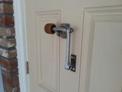 Bike-part door knocker